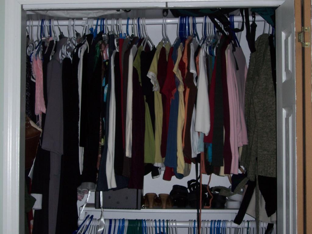 project simplicity week 1 closet wardrobe bethany vitaro. Black Bedroom Furniture Sets. Home Design Ideas